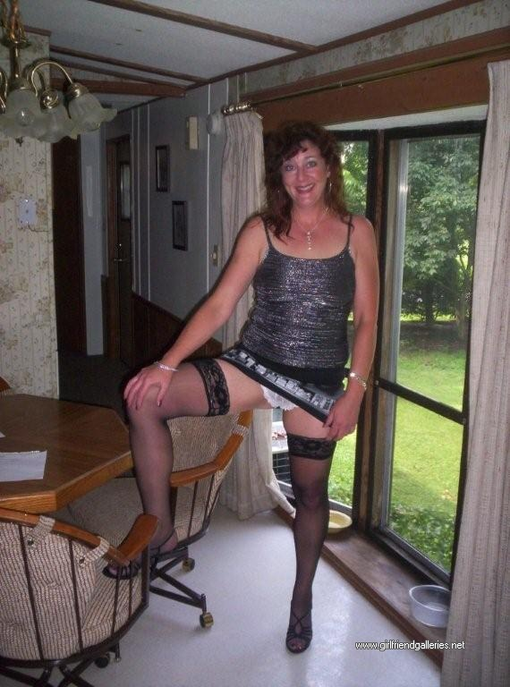 Hot MILF Jane