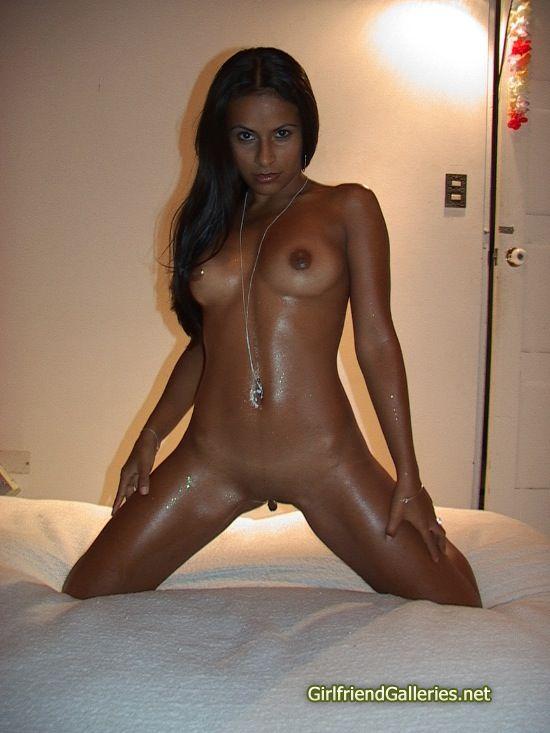 фото темнокожих девушек голых