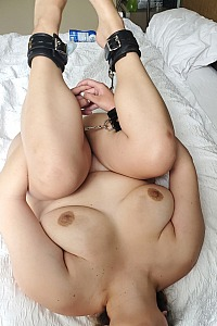 Fat Ass Looking to be degraded