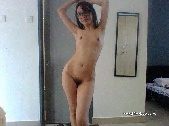 Sexy Nude Skinny Girl