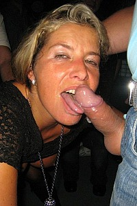 SLUT BLONDE MILF SET 2