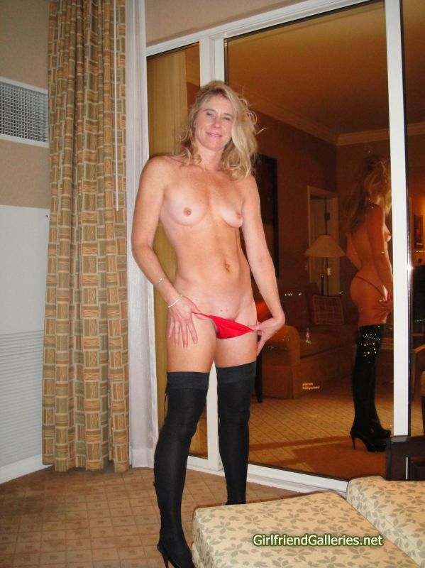 mature posh naked