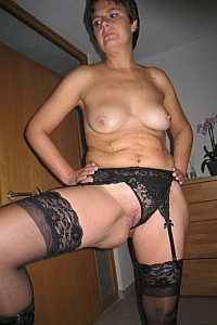 Slutwife Anna in sexy black lingerie looking sexy and seductive
