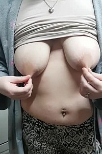 Wifey pulling on her gorgeous big nipples