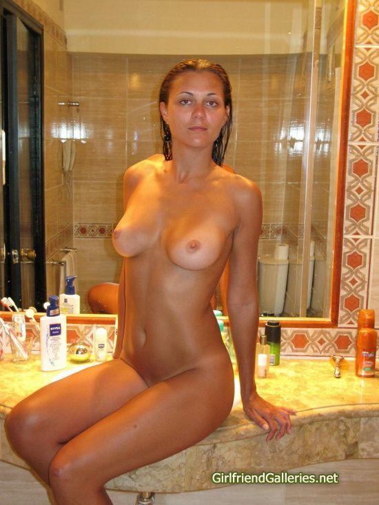 потерянный фото голых девушек