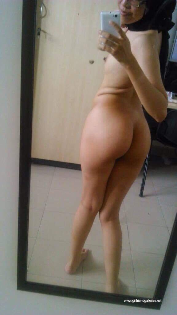 Hot Hijabi Body