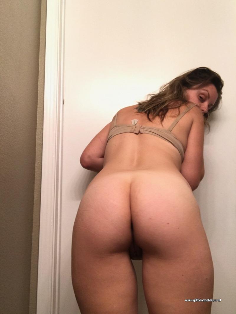 Pussys milfs Milf Porn